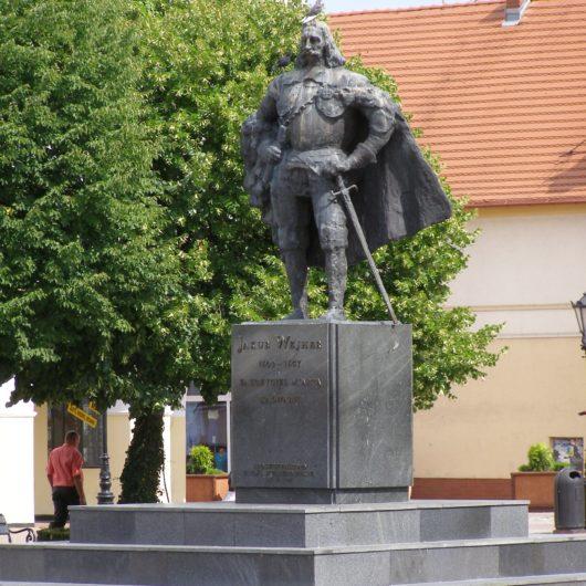 Wejherowo_plac_Wejhera_pomnik-fot.-Andrzej-Otrebski