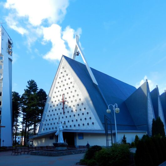 Wladyslawowo_church-fot.-Przemyslaw-Jahr
